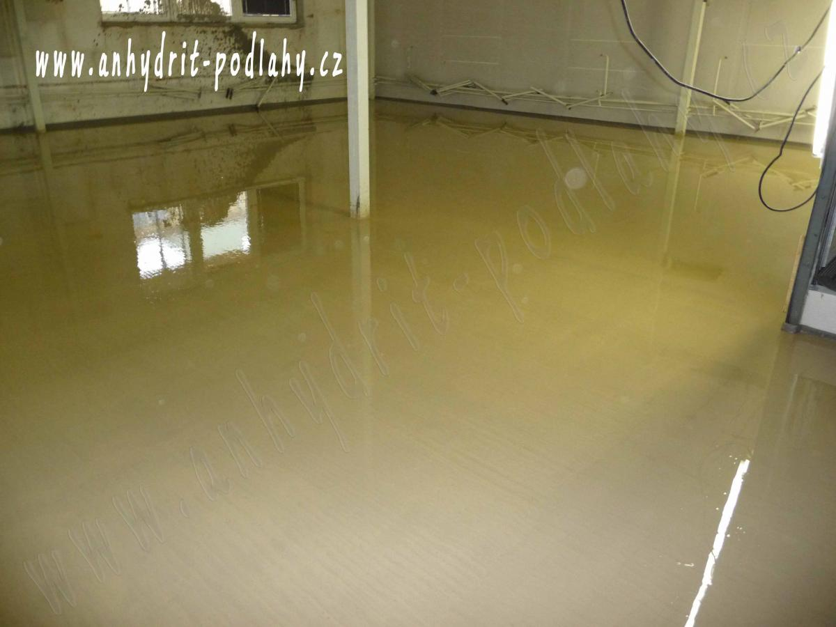 Vylití podlahy betonem cena